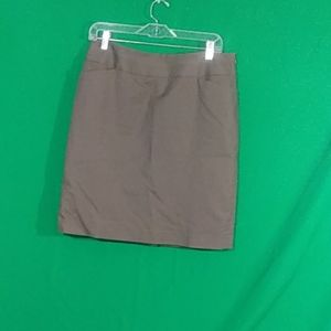 Halogen sz 10 taupe pencil skirt with pockets